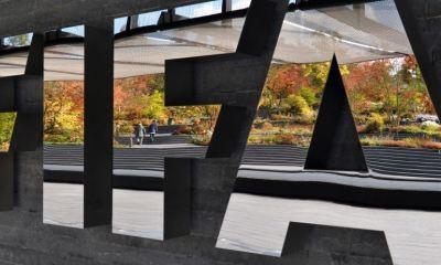 La FIFA buscará ampliar los contratos a medida de que los futbolistas no salgan afectados por la crisis del COVID-19 en el mundo. (Foto: FIFA)