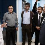 Las autoridades quetzaltecas realizaron la inspección en el Hospital Regional de Occidente. (Foto: Carlos Ventura)