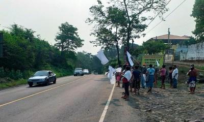 Vecinos de la comunidad de San Luis en el municipio de El Asintal en el departamento de San Retalhuleu. (Foto: Cortesía Tomás Pérez)
