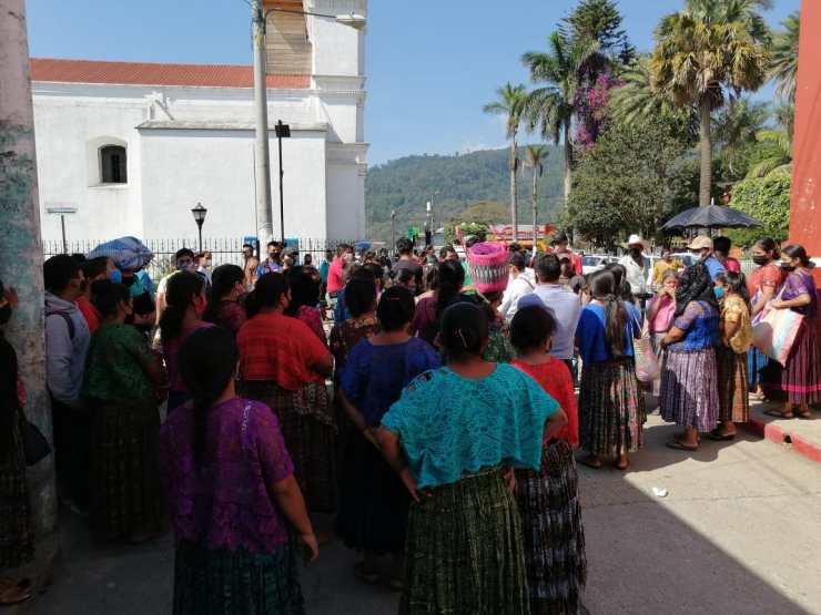 Las autoridades decidieron cerrar el mercado debido al caso de COVID-19. (Foto: Eduardo Sam)