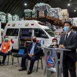 Las autoridades del Gobierno de Taiwán en el país, entregaron la donación al presidente Alejandro Giammattei, para combatir la crisis del COVID-19. (Foto: CONRED)