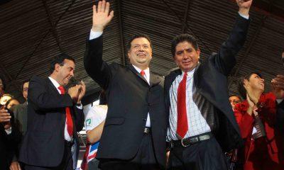 Xela: El exconcejal Anibal Gramajo -lado derecho- junto con el exalcalde Jorge Barrientos, fue capturado el lunes último