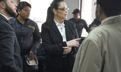 Los médicos del INACIF dicen en su informe que la exvicepresidenta Roxana Baldetti debe ser evaluada en un hospital. (Foto: Archivo El Periódico)