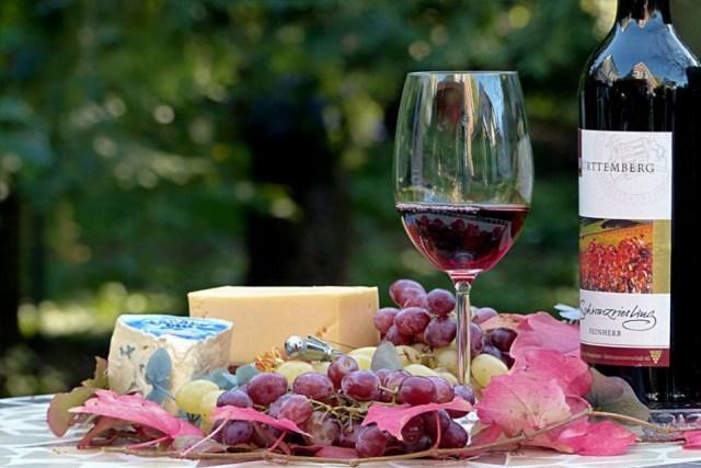 vino sir grozdje