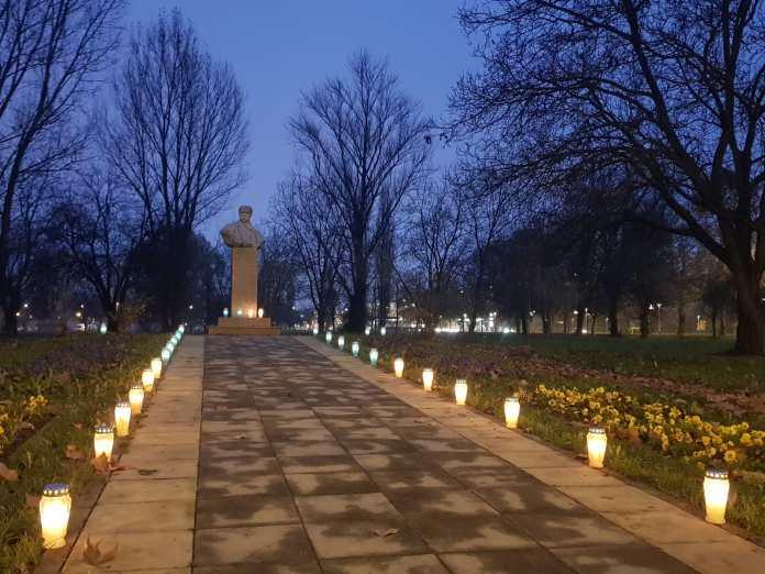 хорватія - разом з депутатом хорватського сабору марком мілановічем літре запалили свічку пам'яті за жертвами голодомору в україні