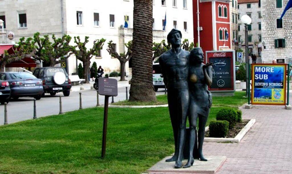 Tourist Monument