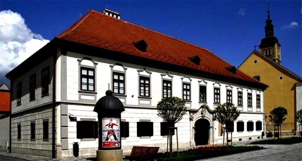 Herczer Palace