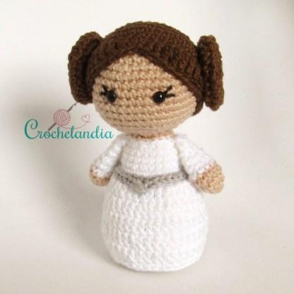 Toy Art Princesa Leia Amigurumi