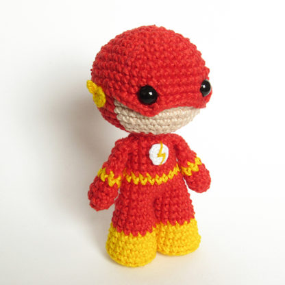Toy art amigurumi The Flash