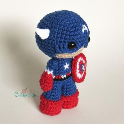 Toy Art Amigurumi Capitão América - by Crochelandia