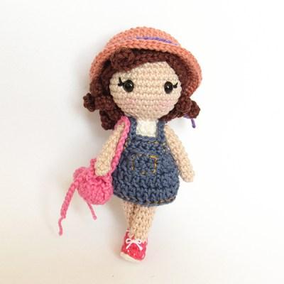 Maristela, boneca de crochê da Crochelandia