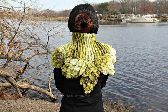 Leafy capelet crocodile stitch crochet