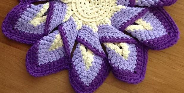 Crochet Hot Pads Classic 10 Point Pattern