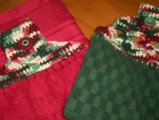 Holiday Plush Towel Toppers
