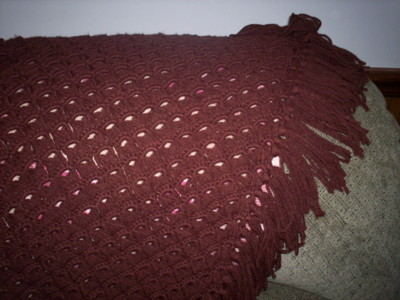 broomstick crochet shawl, brown worsted weight, thrift store find