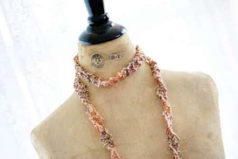 cro knit necklace  1209