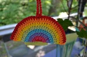 crochet rainbow hanger
