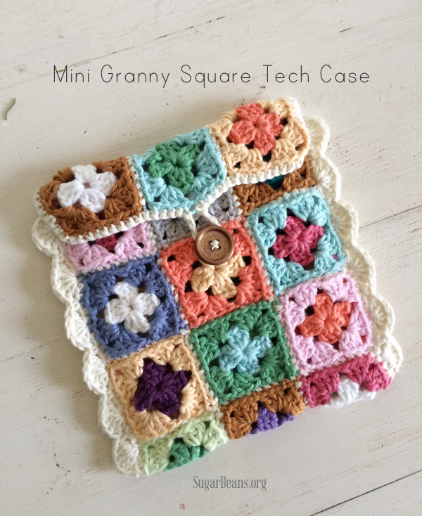 Mini+granny+square+tech+case+tutorial.+SugarBeans.org