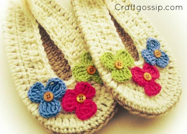 free-crochet-pattern-slippers-flowers