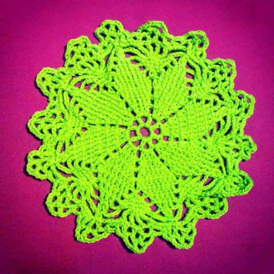 lucky star doily