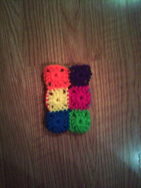 granny square crochet cellphone cozy