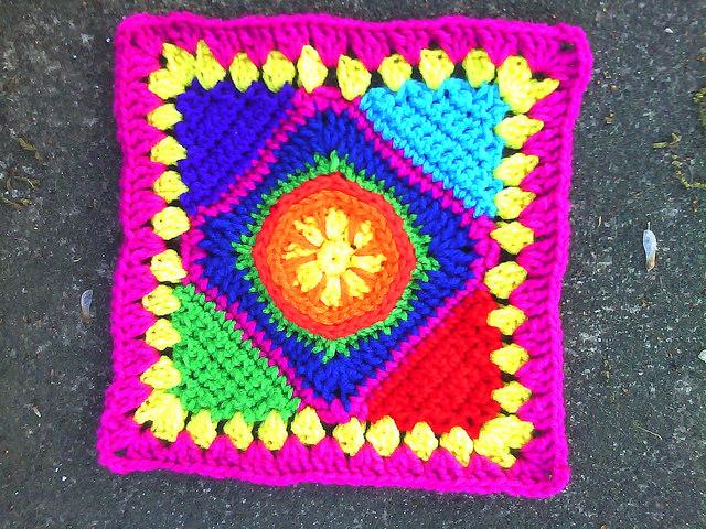 crochet square C-3