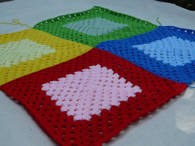 granny square crochet blanket, crochetbug, crochet squares, granny squares,