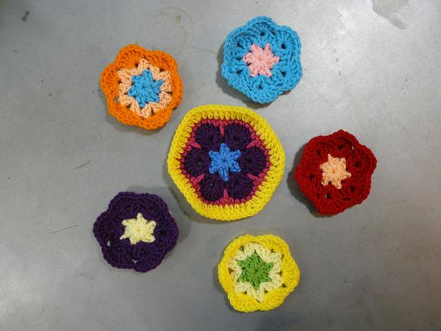 crochet hexagons, crochetbug, crochet flowers, african flower motif, crochet motif,