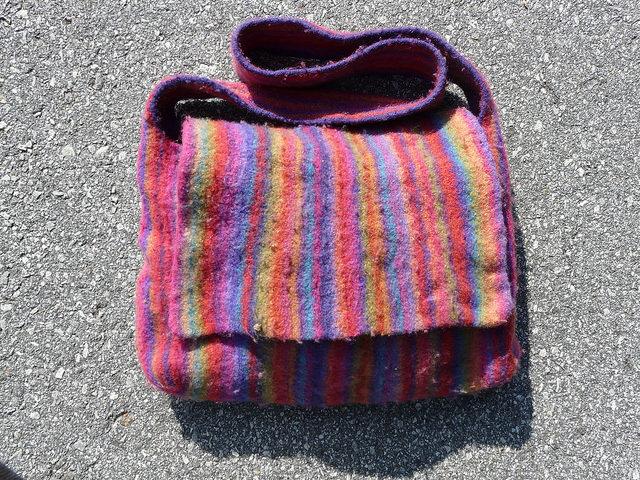 fuzz buster, crochetbug, wool comb, sweater comb, fabric comb