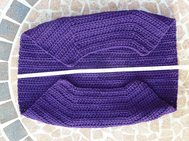 crochetbug, fat bottom crochet bag, crochet fat bag, crochet purse, fabric lining