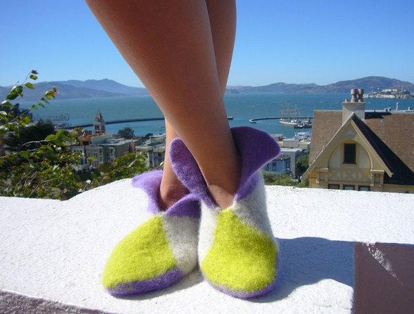 crochetbug, felted crochet slippers, crochet slippers, crochet gifts, free crochet pattern