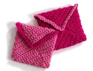 crochetbug, crochet hearts, valentines day crochet, valentine's day crochet, crochet envelope