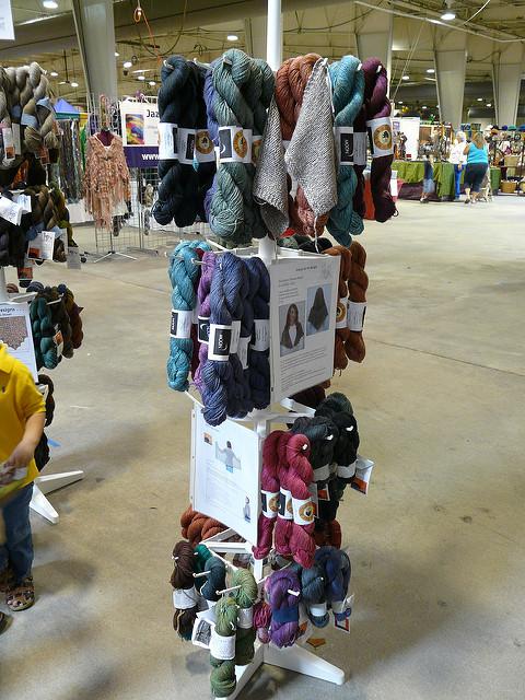 crochetbug, crochet, bison yarn, bison blend yarns,