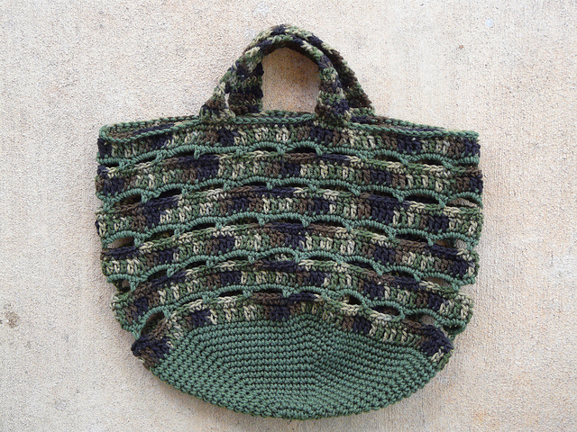 crochetbug, crocheted, crocheting, crochet bag, crochet basket, camouflage crochet