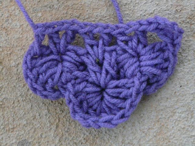 crocodile, crochet stitch swatch