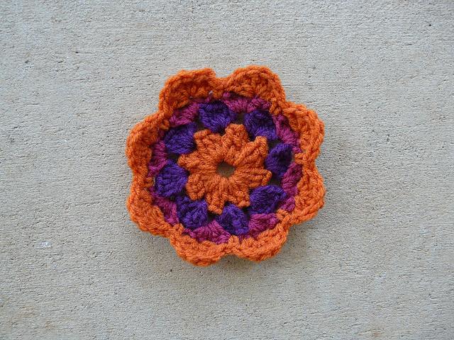 Square 20 crochet flower center