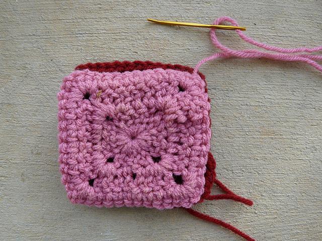 crochetbug, crochet squares, crochet joining, whipstitch joining, whip stitch joining, how to join crochet squares