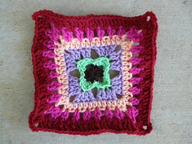 ruffled crochet square