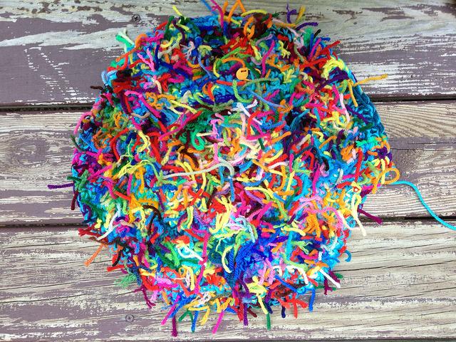 crochetbug, crochet basket, crochet bag, scrap yarn crochet, use what you have, scrap yarn aesthetic, single crochet