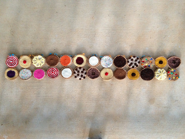 two rows of crochet cookies