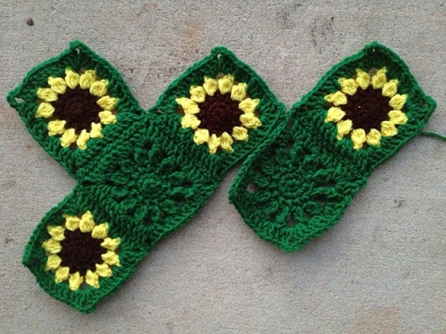 six sunflower crochet squares for a sarcoma awareness crochet blanket