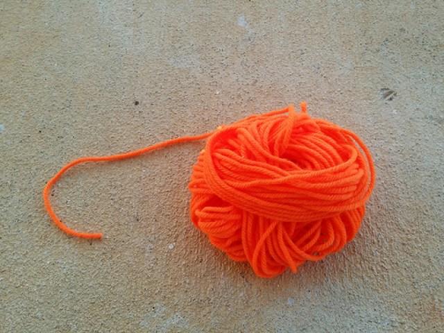 crochetbug, yarn scraps, orange, naranja, crochet, crocheted, crocheting