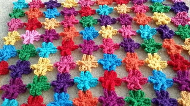 six petal crochet flowers