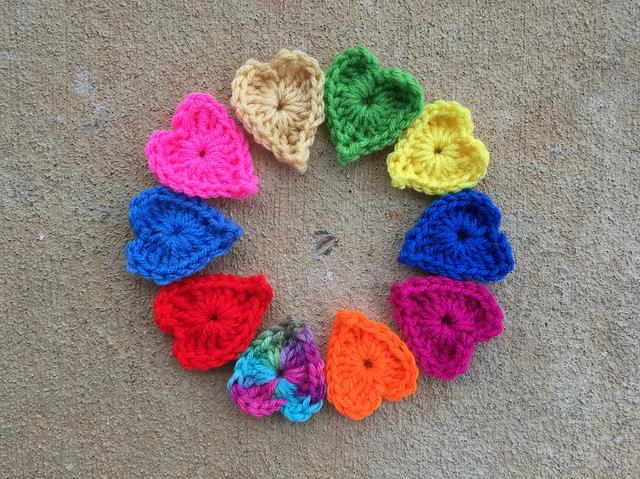 I get a start on ten boho hearts of the crochet hearts and elephants