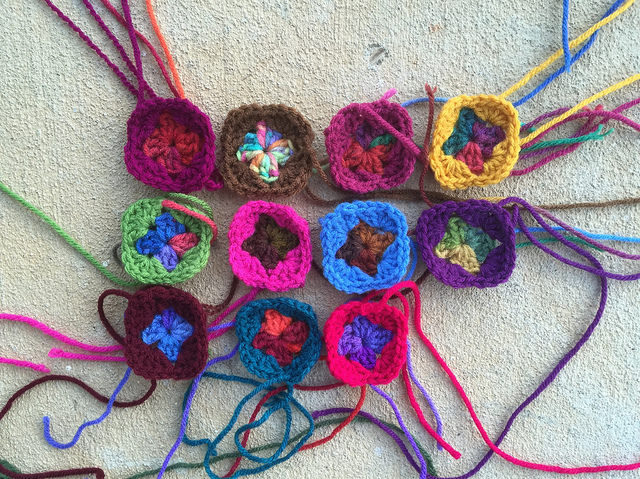 Eleven two-round granny squares were part of what I did get done