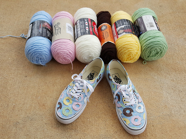 shoes with coordinating yarns