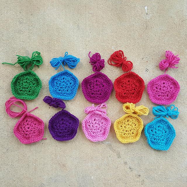 crochet pentagons