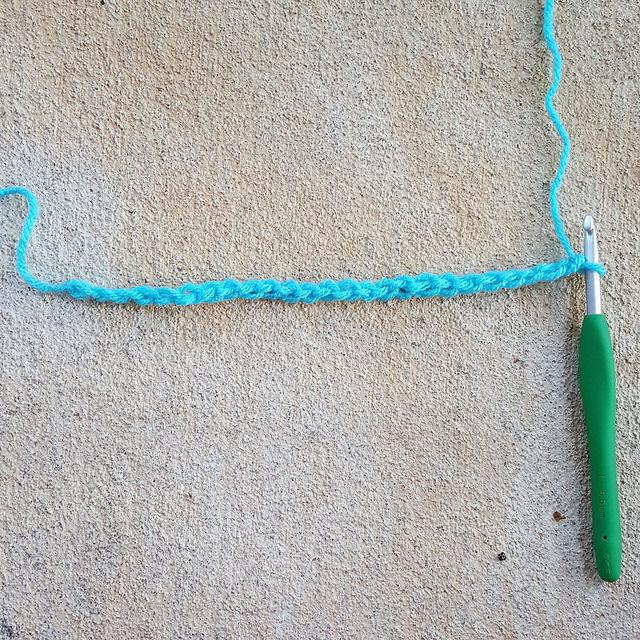 crochetbug, chain 25 foundation chain, crochet ripple swatch, crochet ripple tutorial