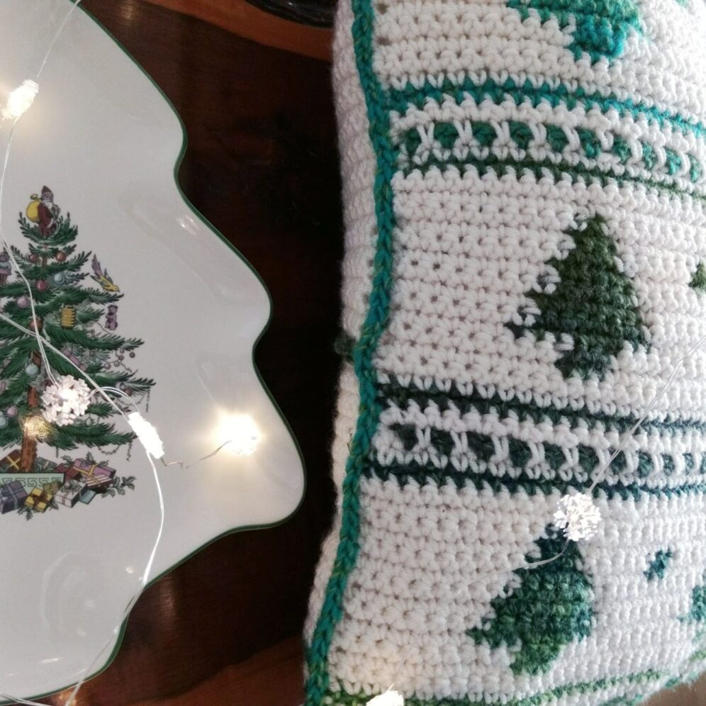 Nordic Trees Cushion Cover - Crochet Pattern - Crochet Cloudberry