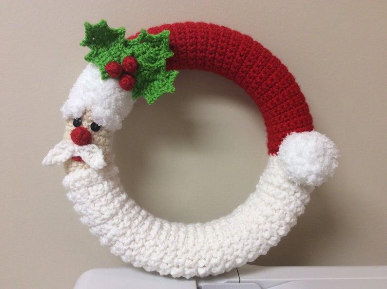 Crochet Santa Wreath
